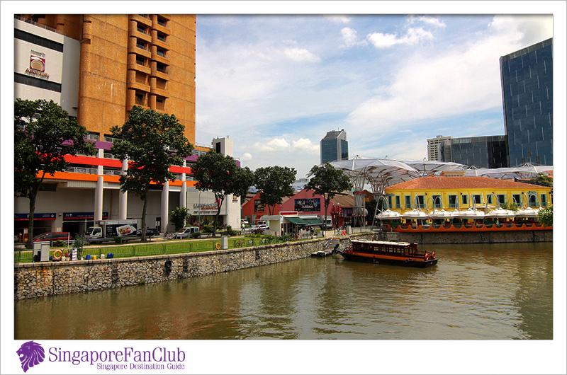 ล่องเรือชมบรรยากาศย่าน Marina Bay กับ Singapore River Cruises